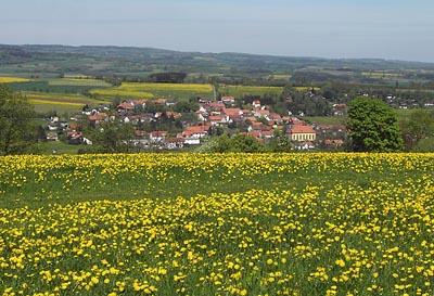 Gemeinde Freiensteinau mit Niedermoos im Vordergrund